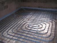 Тепловая труба до заливки основания пола бетонной стяжки